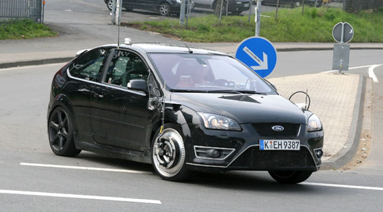 ford_focus_rs_2_560px.jpg