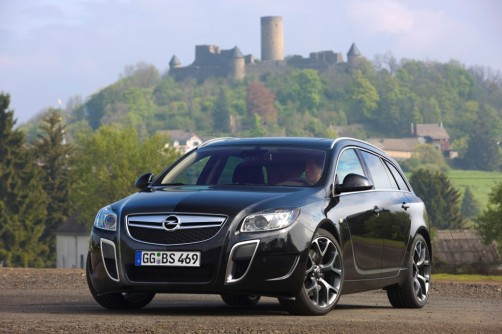 opel-insignia-opc-sports-tourer_03