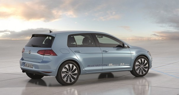 golf bluemotion 2012