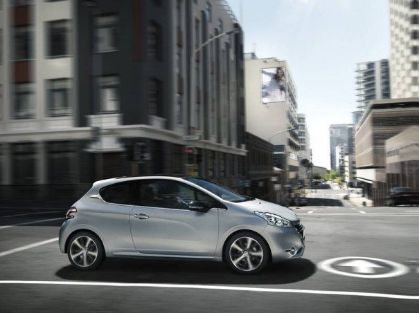 peugeot 208 3 cilindros