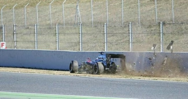 accidente alonso test f1 2015