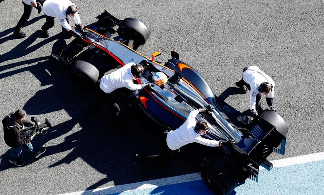 alonso test barcelona 2015