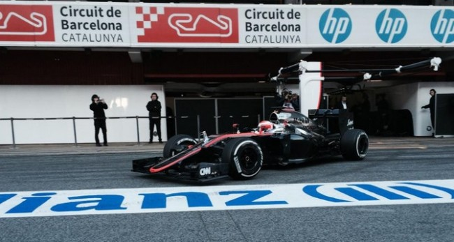 Button F1 test Barcelona