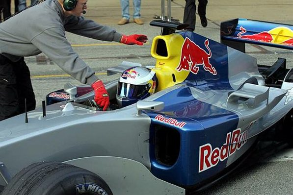 red bull r5 barcelona test f1 2004