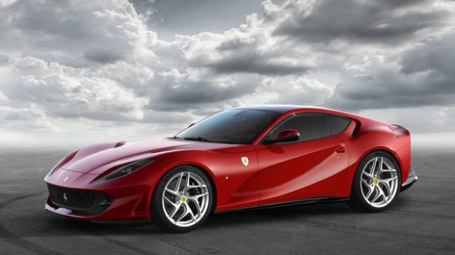 FERRARI 812 SUPERFAST frontal
